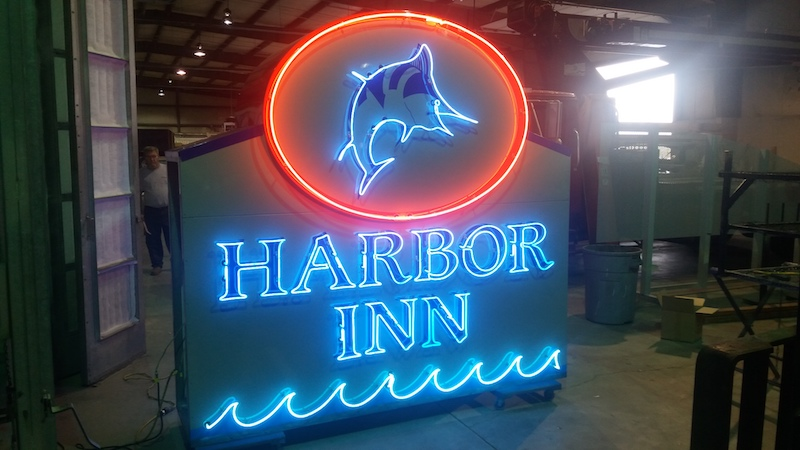 harbor-inn-neon-sign-McBride-lynchburg-large